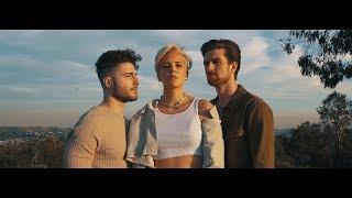 Смотреть клип Fly By Midnight Ft. Betty Who - Lovely
