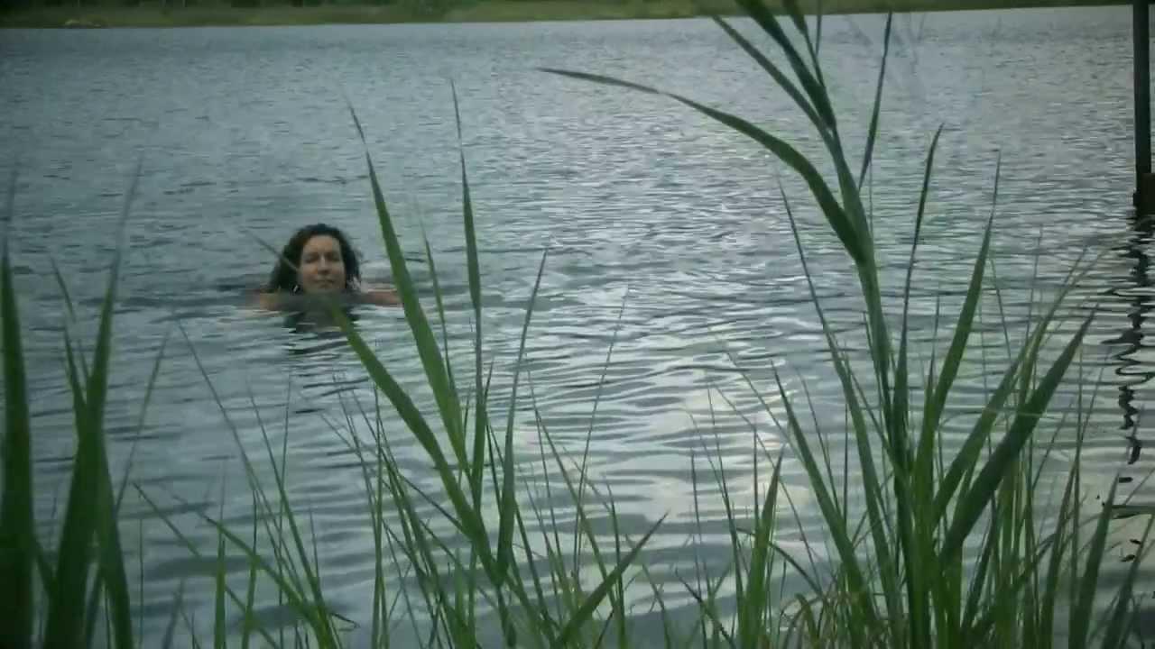 nakna tjejer badar