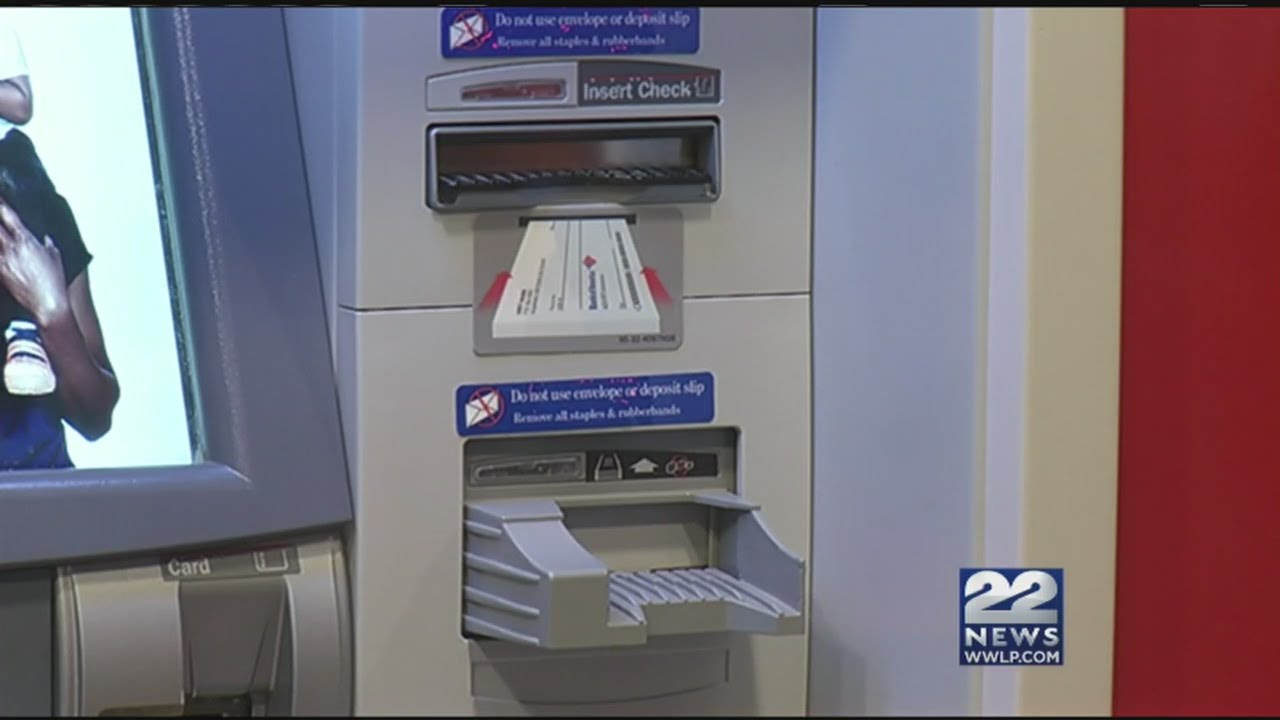photo How to Spot an ATM Skimmer