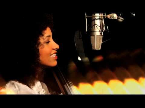 Esperanza Spalding - Little Fly (Music Video)