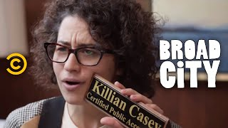Broad City - A Visit to the Accountant