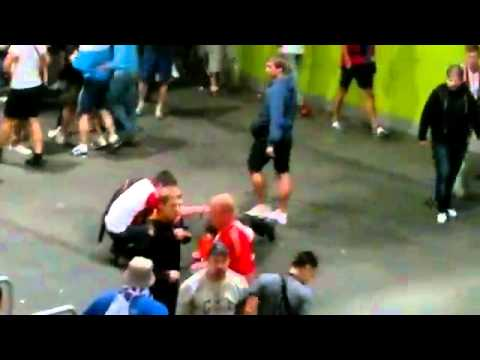 Russian supporters beat up EURO 2012 stewards in Wroclaw