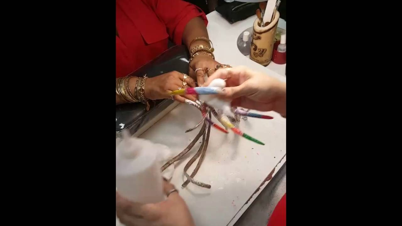 Taking of the Polish off extremely long nails - YouTube