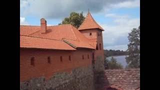 Тракайский замок  Исторический фильм :)(, 2016-10-06T21:41:13.000Z)