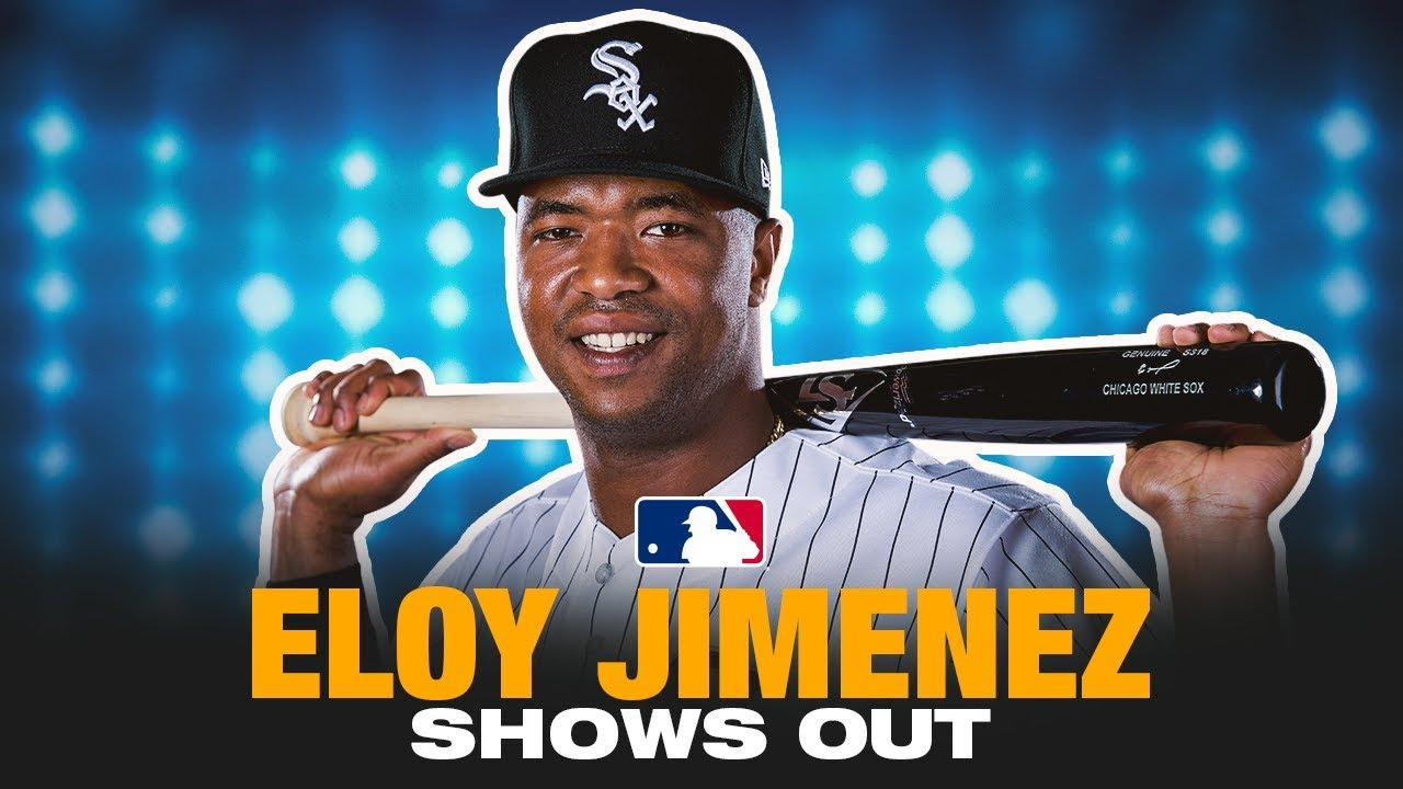 Eloy Jimenez hits a homer, robs a hit vs. Padres
