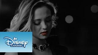 "College 11 presenta su nuevo video musical, ""Juliette"". Disfruta de..."