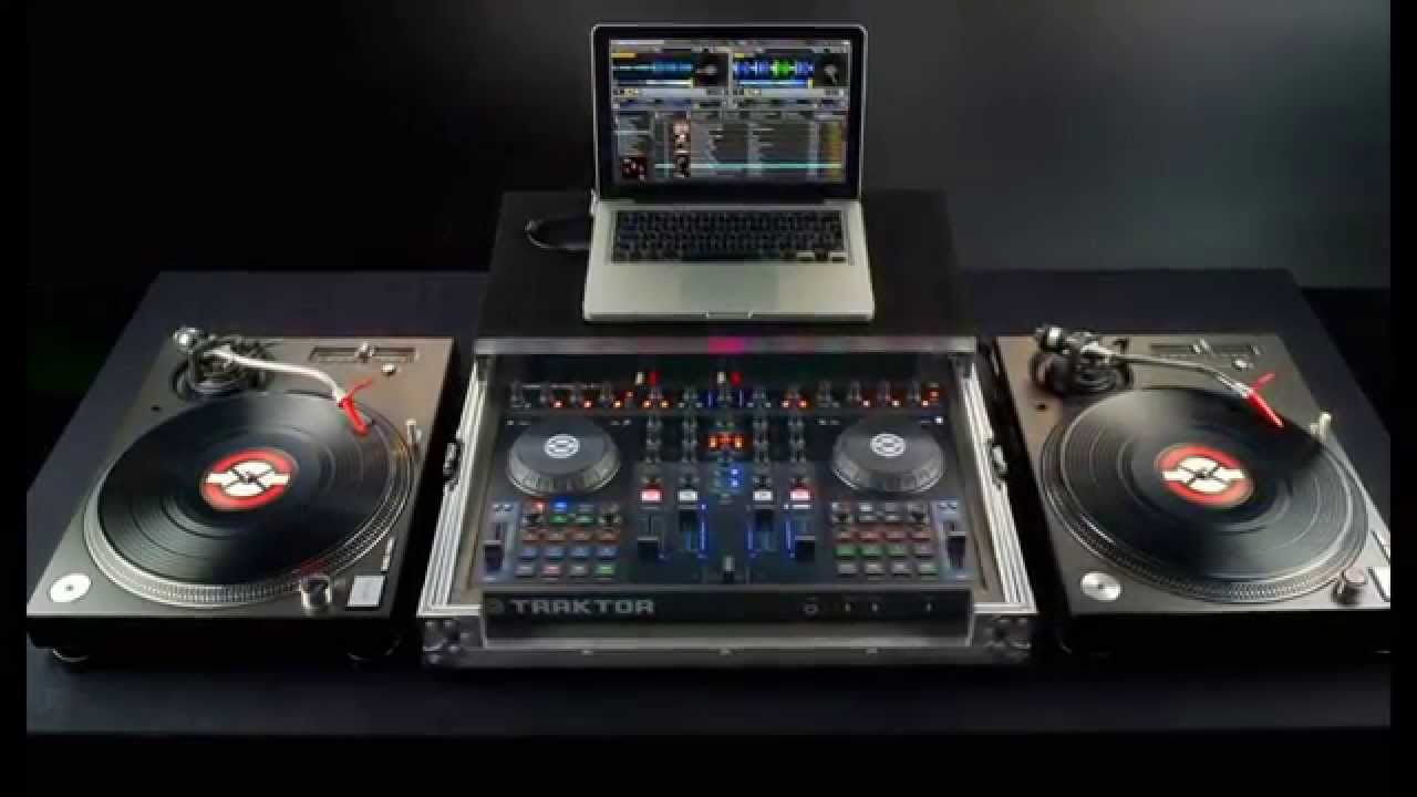 platines vinyles tables de mixage contr leurs dj. Black Bedroom Furniture Sets. Home Design Ideas
