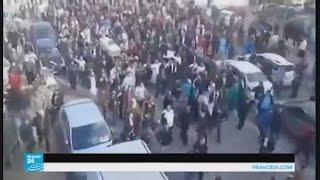 مئات الجزائريين يشاركون في تشييع الصحفي محمد تامالت
