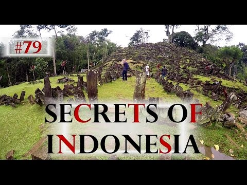 MYSTERIOUS UNKNOWN PLACE IN INDONESIA 🗿 GUNUNG PADANG (YOU HAVE TO SEE THIS) -  Worldtravel Vlog#79