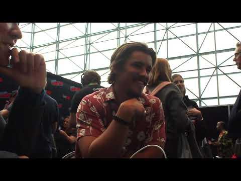 Brenton Thwaites talks Robin at NYCC
