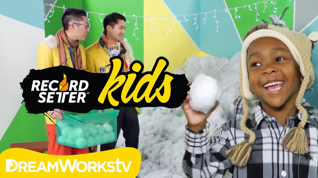 Snowball Smash Challenge featuring Zay Zay and Jo Jo I RECORDSETTER KIDS