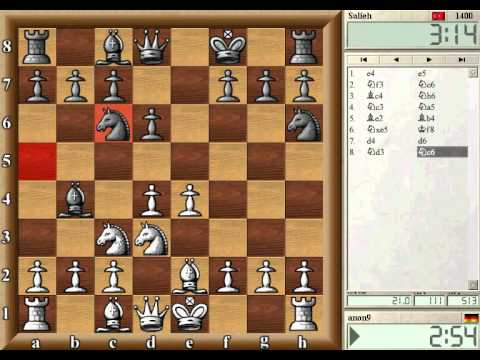 Learn Chess - Opening Play - Move your pieces to the center (Level 2)