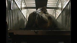 Оуэн и Клэр берут кровь у Тираннозавра. \ Мир Юрского периода 2