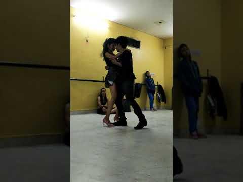 Pyar ki ye kahani | Honeymoon Travels | Couple dance