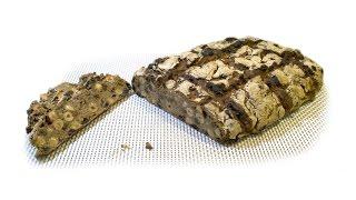Заварной ржаной хлеб с изюмом и орехами