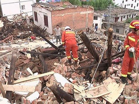 Rescue Workers Dig Through China Quake Debris