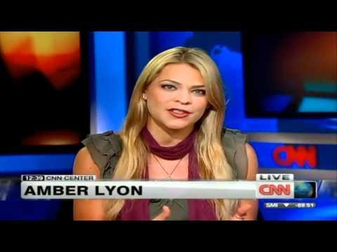 Amber Lyon on CNN ABOUT BAHRAIN 12-04-2011