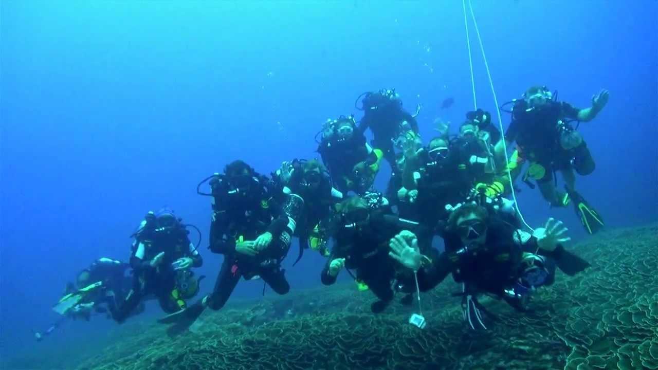 Rebreather Diving Poseidon MKVI - YouTube