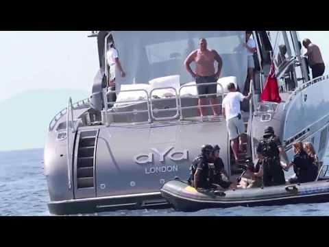 Cristiano Ronaldo Attacked in yacht off the coast of Ibiza 2017