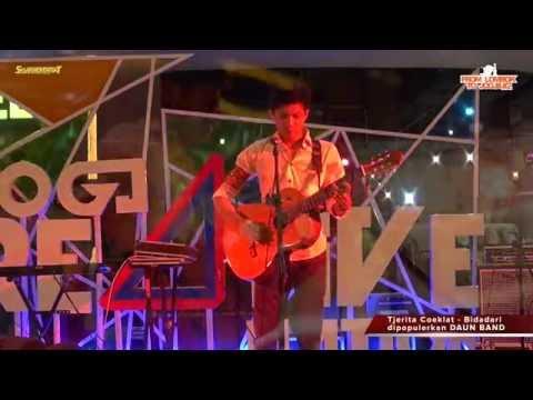 Daun Band -