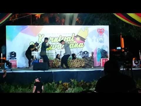 karnival sarawakiana 2016 bermukun brunei team