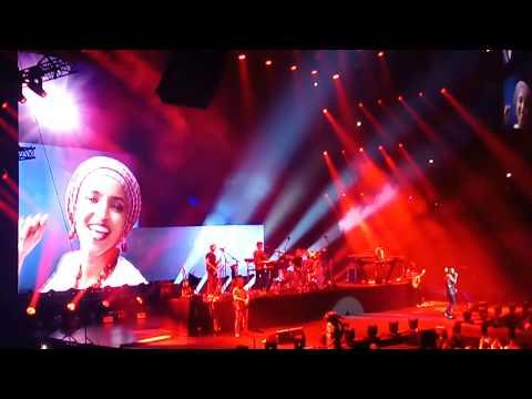 Maroon 5 Girls Like You Ft. Cardi B Live