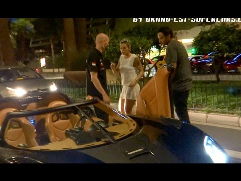 HOT GIRLS DRIVE KOENIGSEGG AGERA R in Monaco !