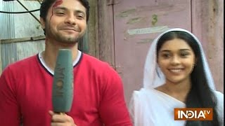 Ishq Ka Rang Safed: Mishal Raheja (Viplav) and Eisha Singh (Dhani) Visit Ganesha Temple - India TV