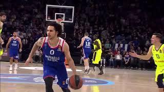 19.04.2019 / Anadolu Efes - Barcelona Lassa / Shane Lakrin