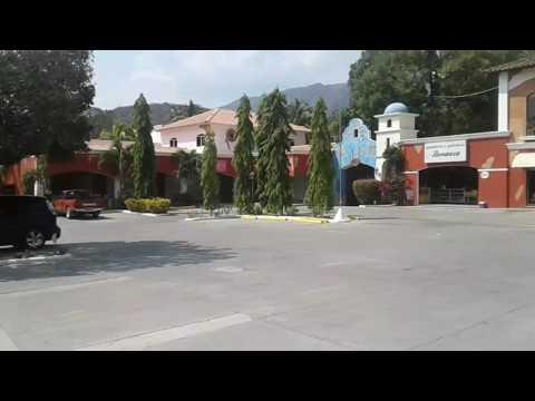 LOCALES COMERCIALES EN ALQUILER. CENTRO COMERCIAL PASEO DEL RANCHO