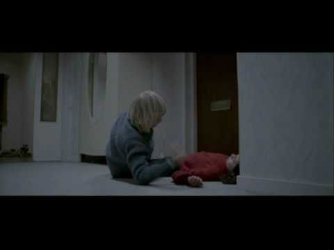 Let the right one in Deleted s escenas cortadas