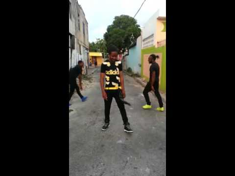 Mavado : we set the trend ft Ja Blackstar dance squad