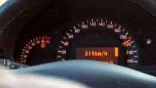 Mercedes Benz C320 Top Speed 0 - 258km.h