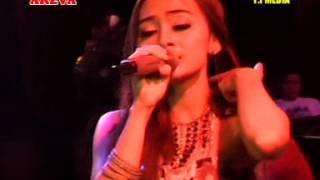 Surat Cinta Untuk Starla Voc. Lintang - AREVA MUSIC HORE Live THR Sriwedari Solo