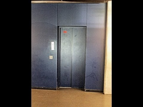 1976 locked off Bauer elevator at Math.-Nat. Gymnasium Mönchengladbach, Germany