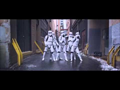 Stormtrooper dances Single Ladies  Beyonce READ THE DESCRIPTION