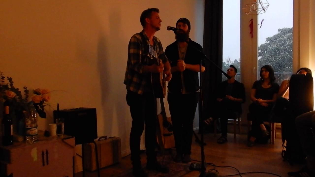 Chris Ayer Live Wohnzimmerkonzert In Berlin
