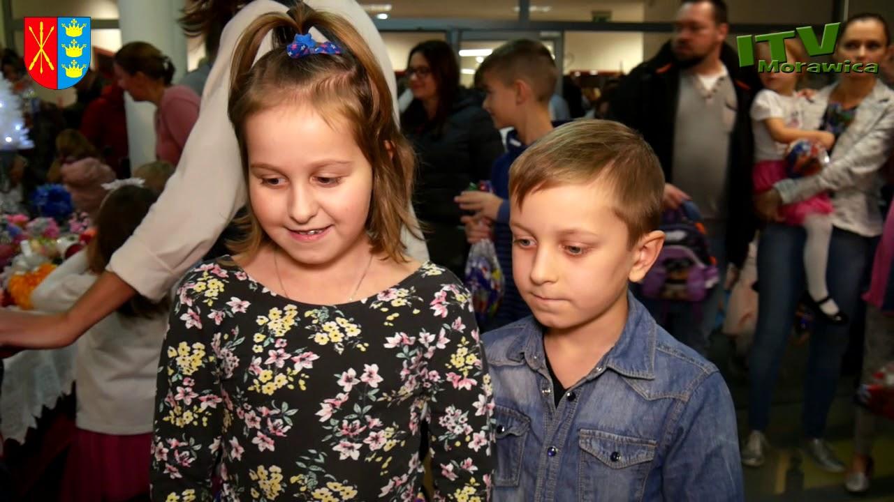 Rekordowe Mikołajki w Morawicy. Bawiło się ponad siedemset dzieci!