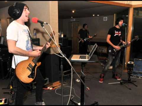 All Time Low 'Hold it Against me' Britney Spears Cover on Radio1 Live Lounge