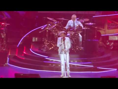 Queen & Adam Lambert Radio Gaga 27.05.2016 Cologne