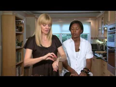 Jackie Tyson Makeup artist for Avon Cosmetics Digital Boutique  Glowing Skin.flv
