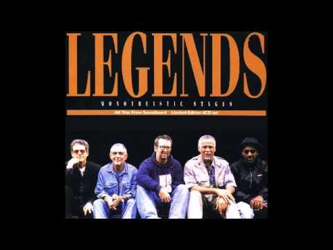legends eric clapton snakes live at vittoria 1997 youtube. Black Bedroom Furniture Sets. Home Design Ideas