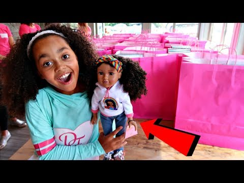 Thumbnail: 50 Toys AndMe Design A Friend Dolls Surprise Presents For Fans! Catwalk Fashion Show