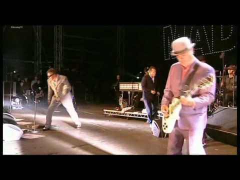Madness   Shut Up   T In The Park 2010