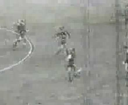 Gol de Rojitas a Independiente (Boca 3-Indep. 2 14-07-63)