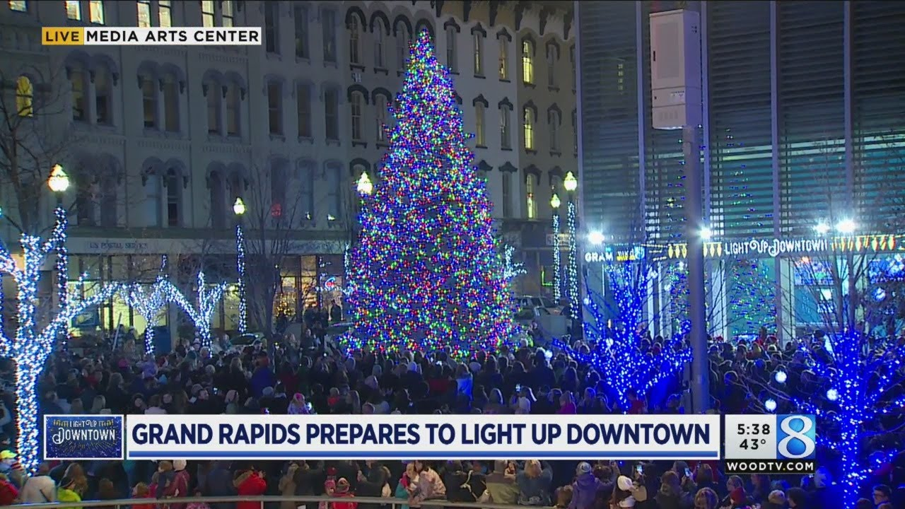 Grand Rapids Lights Up Downtown For Holiday Season