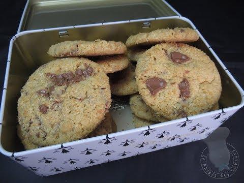 recette-des-cookies-à-la-noix-de-coco-et-chocolat-au-lait