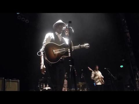 Keb' Mo' - Old Me Better (Houston 08.30.14) HD
