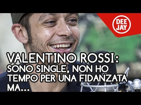 """Valentino Rossi a Deejay Chiama Italia: """"Sono single, non ho tempo per una fidanzata, ma..."""""""