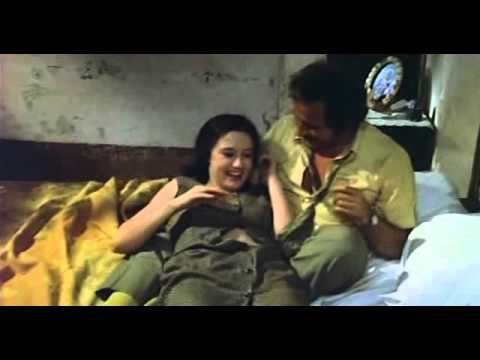 hot scene with hot beautiful actress مشهد مثير thumbnail